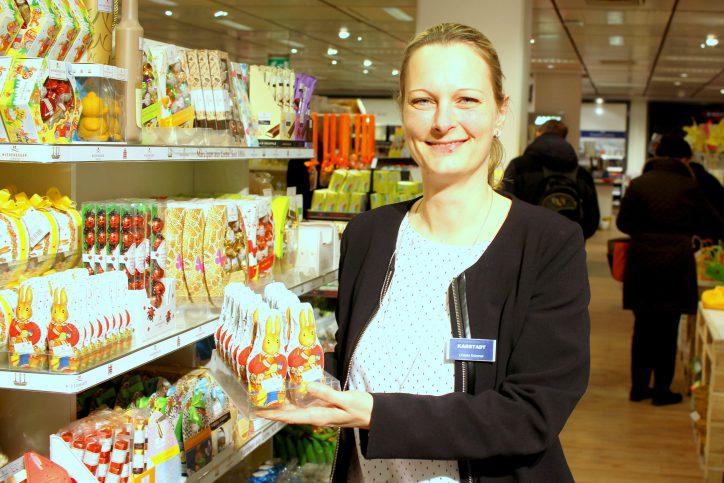Filialgeschäftsführerin Christin Krümmel freut sich über den Umbau. Foto: Fabian Hennig