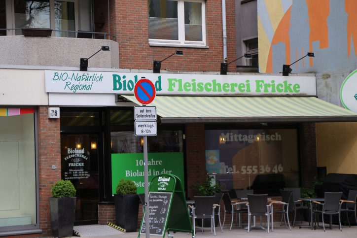 Beim Mittagstisch in der Bio-Fleischerei Fricke gibt es einen täglich wechslende Gerichte. Foto: Robin Eberhardt