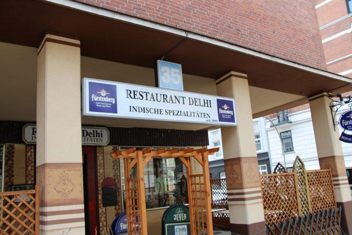 Indische Currys in großer Auswahl gibt es im Delhi im Stellinger Weg 35. Foto: Robin Eberhardt