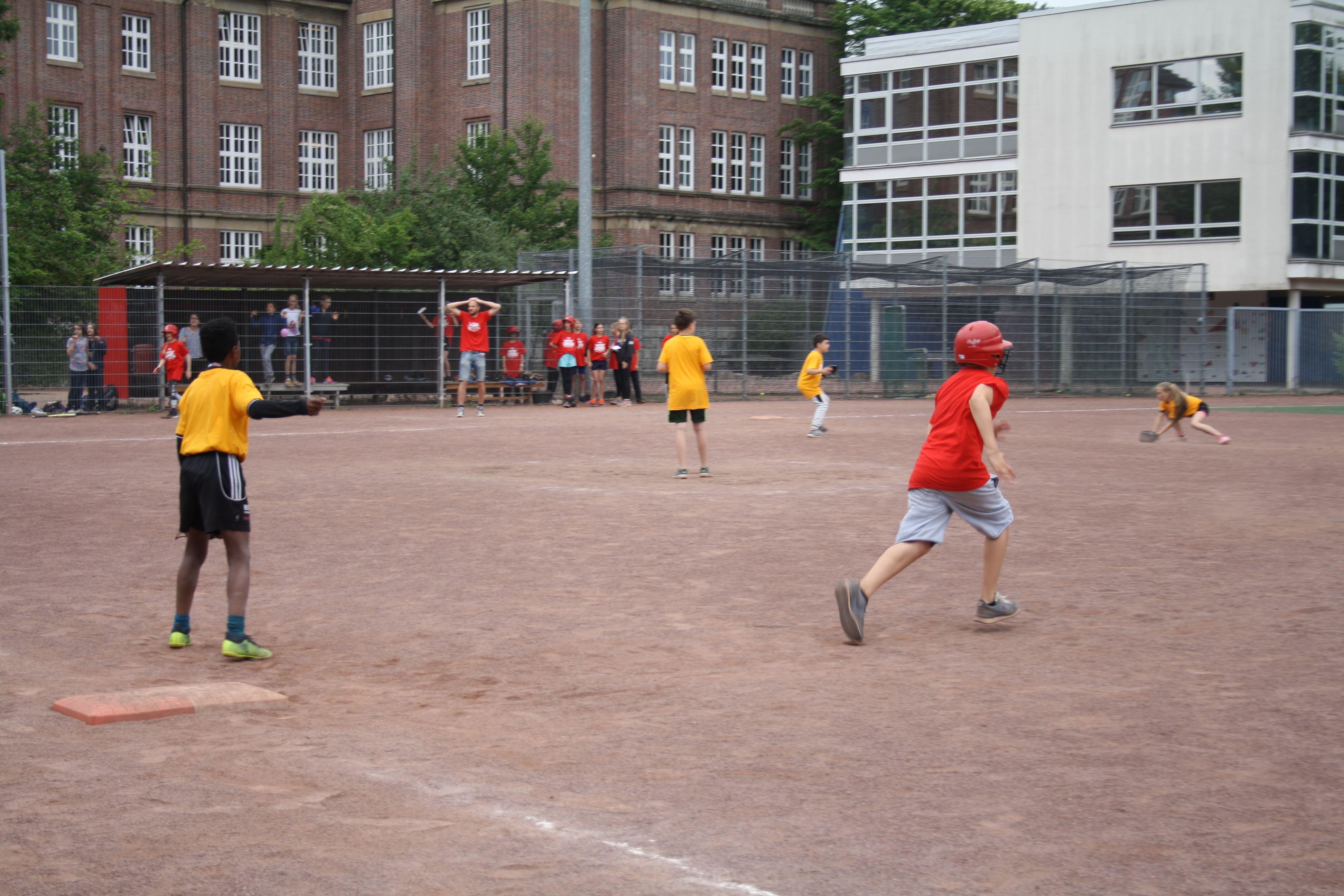 Baseball: Schüler rennen um den Titel