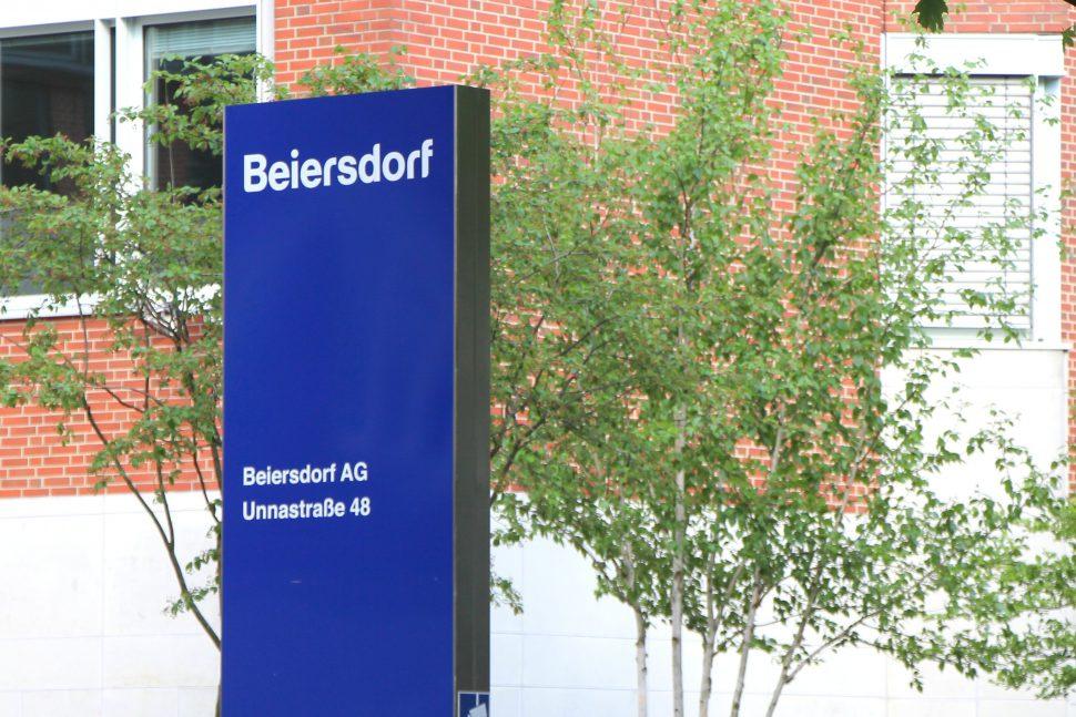 Der Eimsbütteler Konzern Beiersdorf unterstützt den Kampf gegen Corona mit einer Millionenspende. Foto: Robin Eberhardt