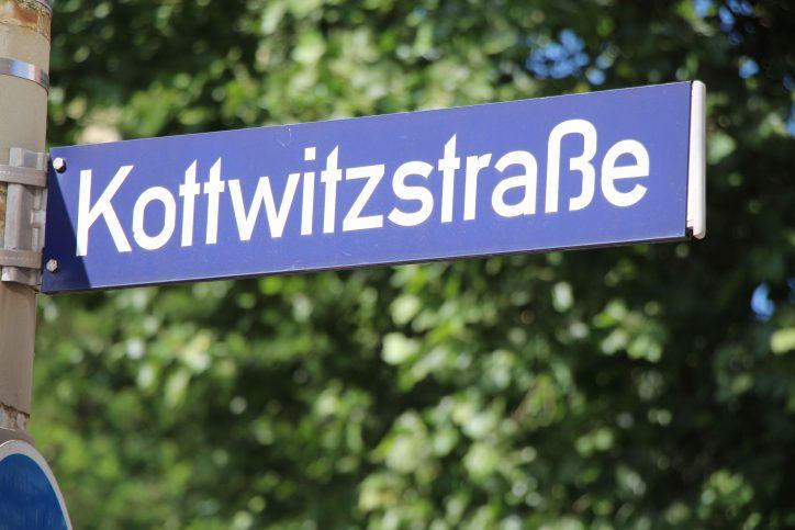 Straßenschild Kottwitzstraße. Foto: Robin Eberhardt