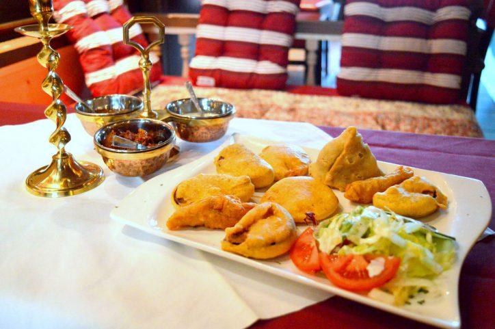"""Im """"Ashirwad"""" können die Gäste typisch nordindische Küche und Ambiente erleben. Foto: Margarita Ilieva"""
