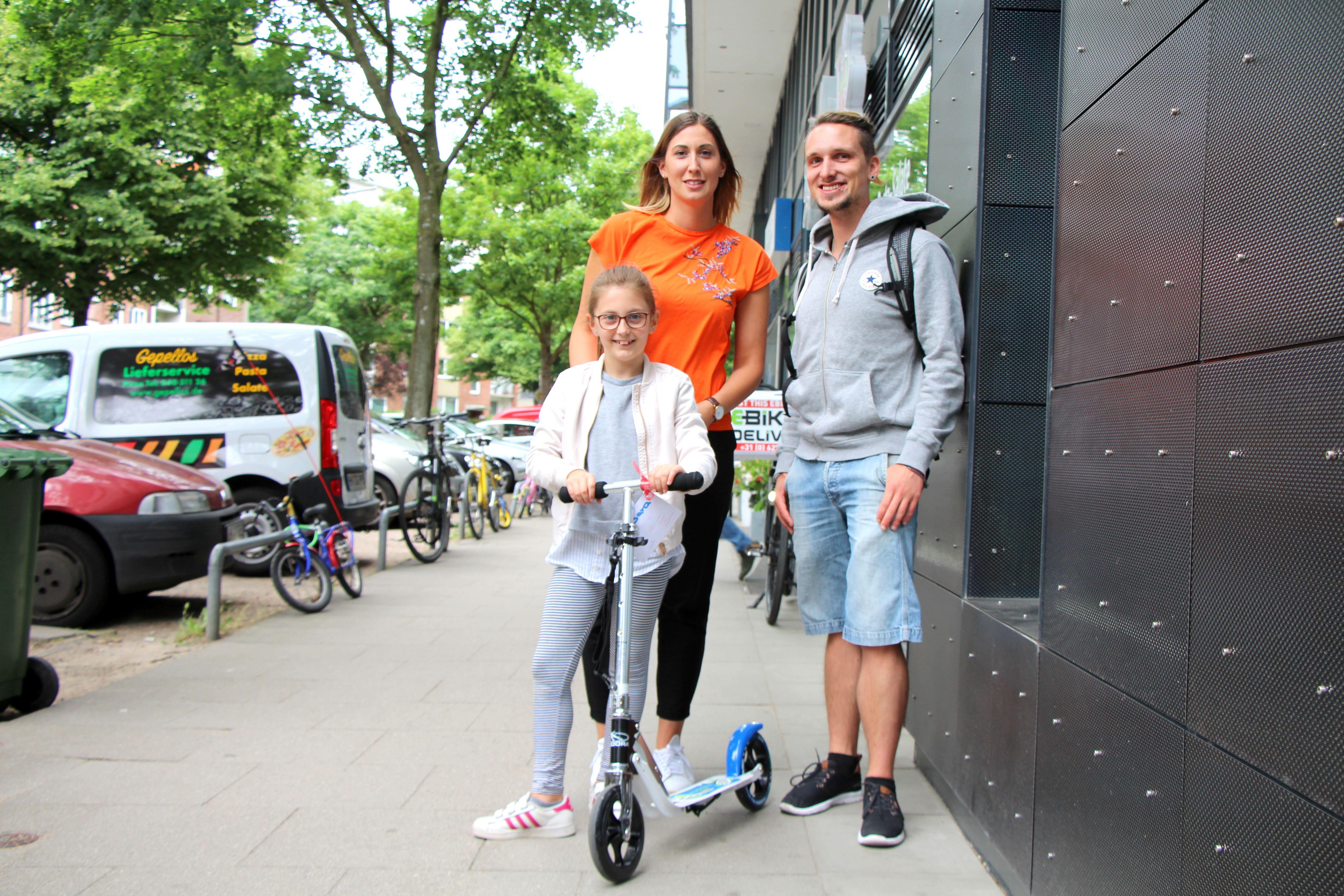 Tretroller geklaut: Eimsbütteler sammeln Geld für Mädchen