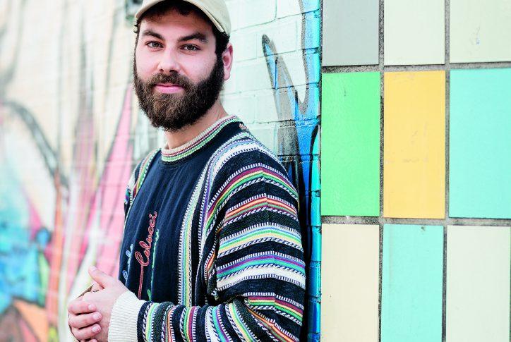 Mittlerweile lebt Dominik Bloh in einer Wohnung in Eimsbüttel. Foto: Ankerherz Verleag