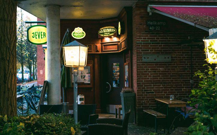 Bachelorette Finale Public Viewing im Old MacDonald. Foto: Alex Povel