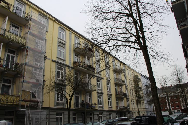 Jugendstilfassaden dominieren die Matthesonstraße. Foto: Robin Eberhardt