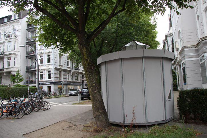 Fahrradhäuschen stellen speziell für Bewohner von Altbauhäusern ohne Fahrradkeller, eine geeignete Lösung dar, um sein Fahrrad sicher unterzubringen. Foto: Christina Rech