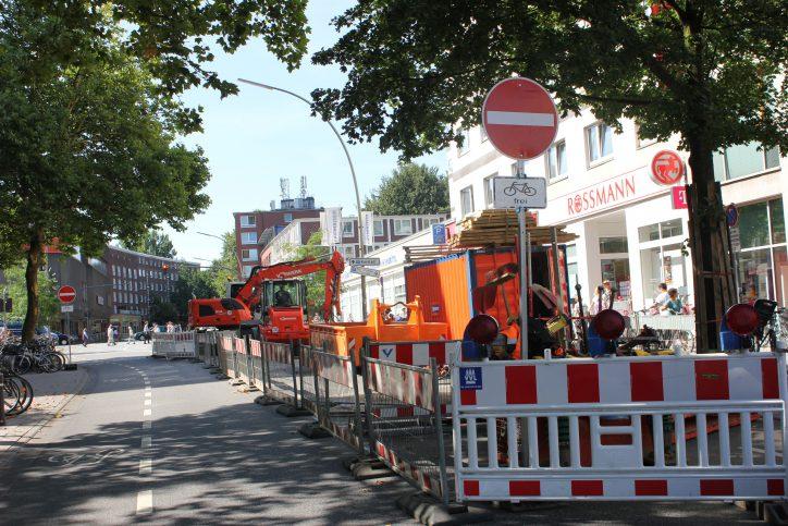 Die Heußstraße ist im Zeitraum von Anfang bis Mitte August 2018 in Richtung Osterstraße wegen Bauarbeiten gesperrt. Foto: Christina Rech