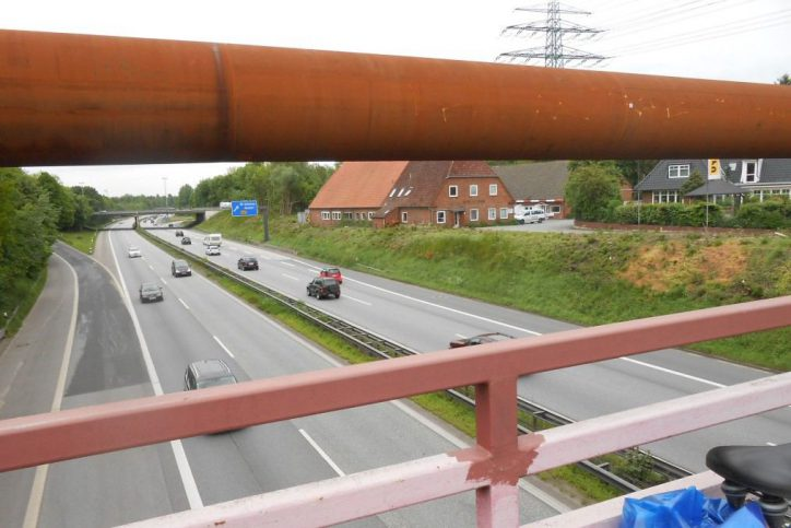 Nächtliche Sperrung der Behelfsbrücke Frohmestraße
