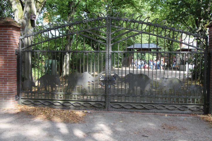 Im Tierpark Hagenbeck wurde eine Schiffsglocke geklaut. Foto: Robin Eberhardt