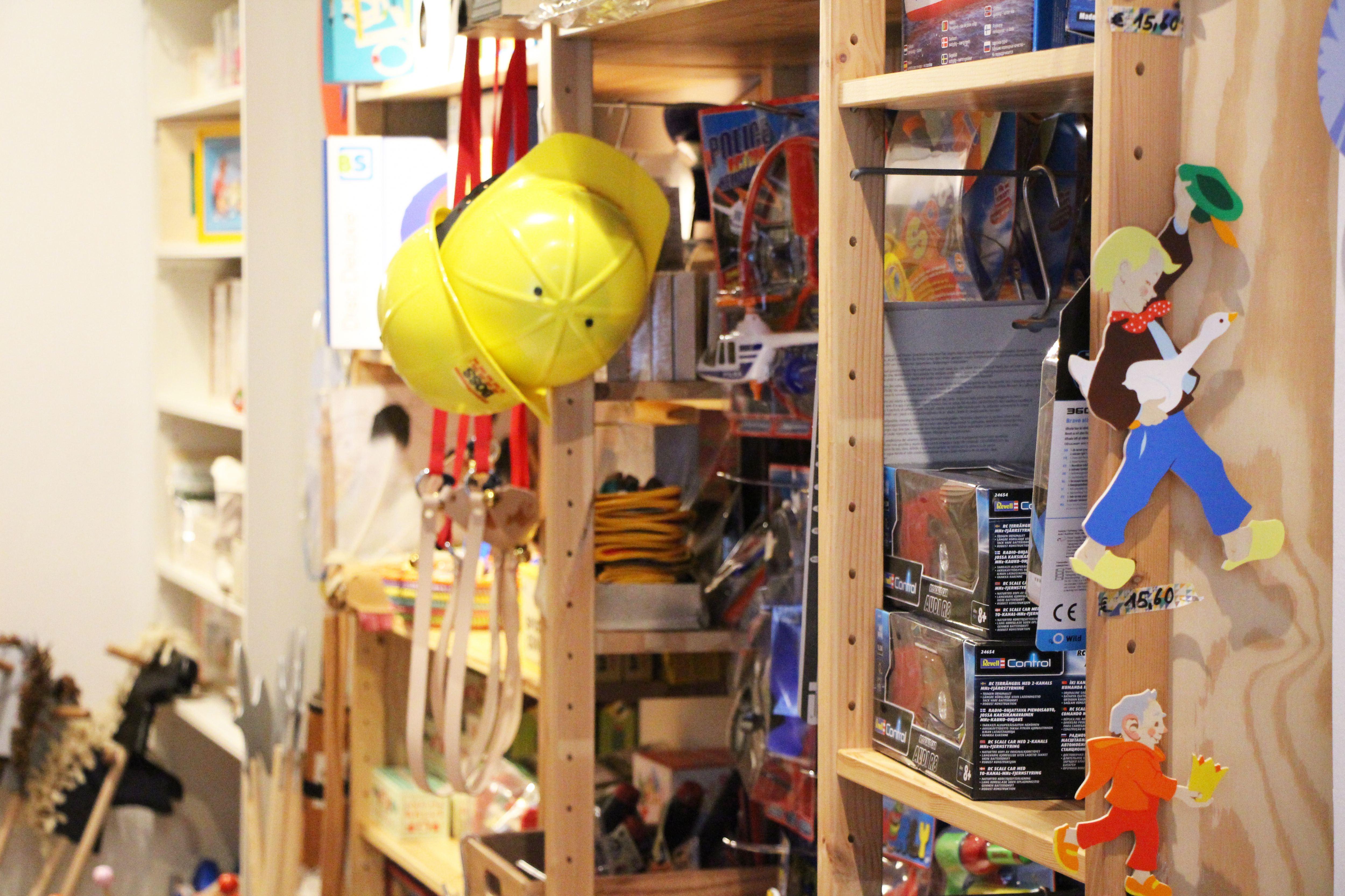 Beschriftungen im Spielzeugladen für Erwachsene