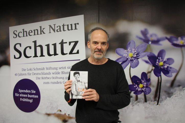 Loki Schmidt setzte sich für den Naturschutz ein. Die Hamburger Loki-Schmidt-Stiftung engagiert sich in ihrem Namen seit 40 Jahren für Artenschutzprojekte, die Sicherung von Lebensräumen und Umweltbildung. Foto: Vanessa Leitschuh