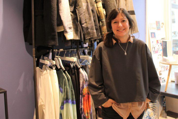 Sahra Tehrani produziert Fair-Trade-Mode in Hamburg. Foto: Anna Korf