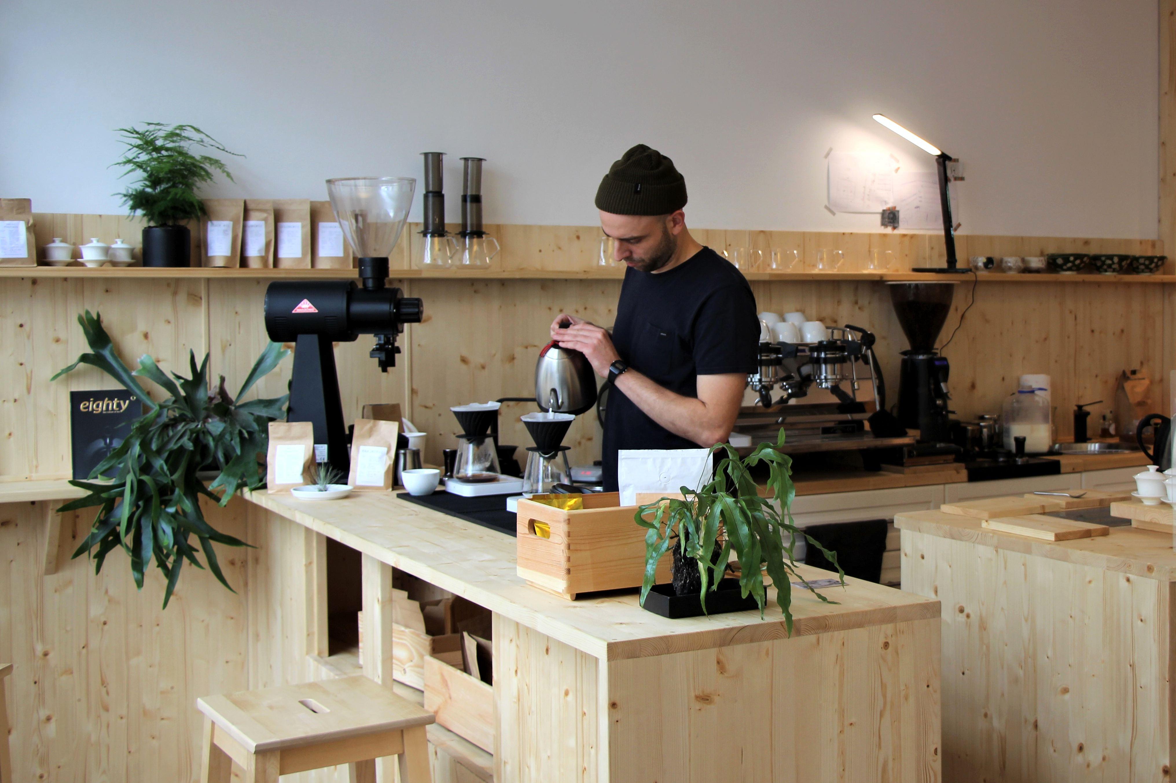 """""""Surf Shop Roastery"""" – Kaffeerösterei eröffnet in der Lappenbergsallee"""