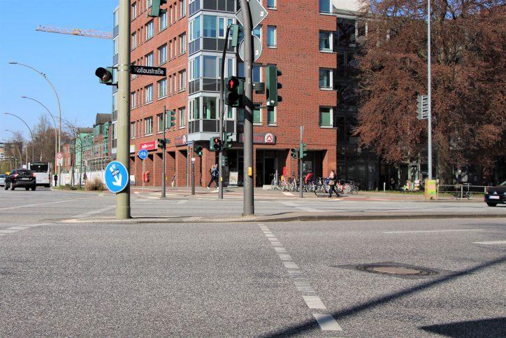 LKW überrollt Fußgängerin. Foto: Anna Korf