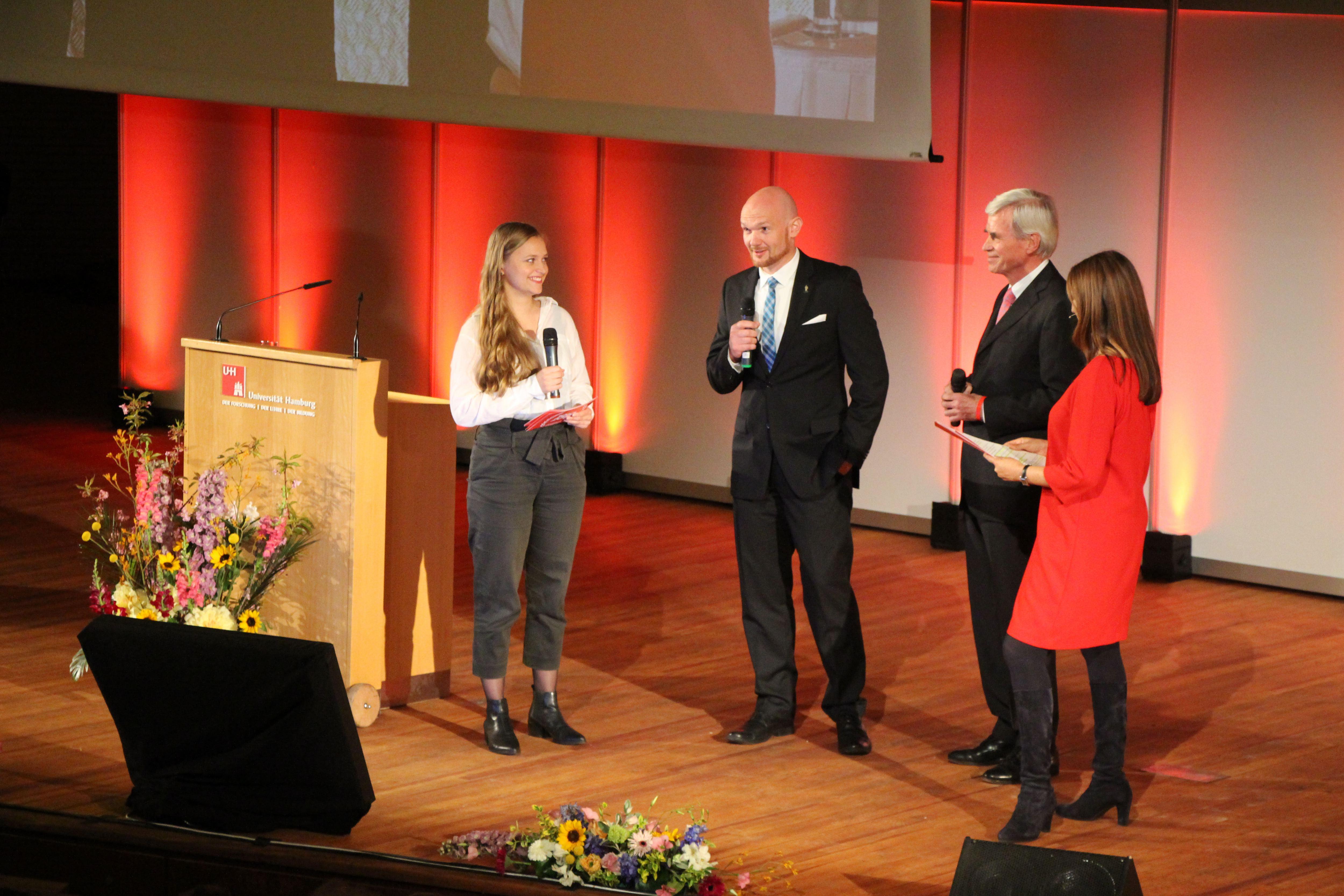 Uni Hamburg feiert 100-jähriges Jubiläum