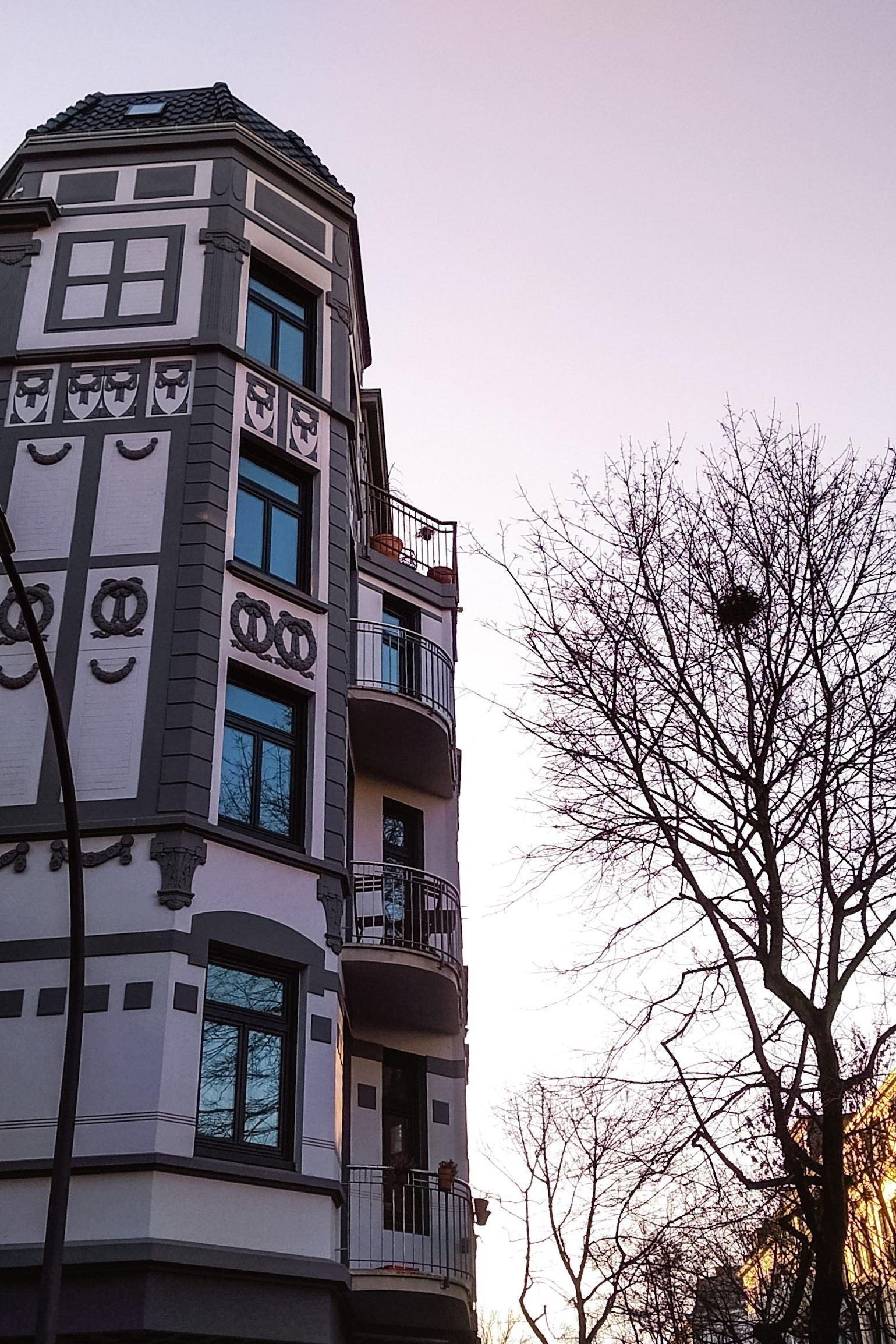 Doch dass die Bellealliancestraße in die Waterloostraße übergeht, lässt einen anderen Grund für die Namensgebung vermuten. Foto: Vanessa Leitschuh