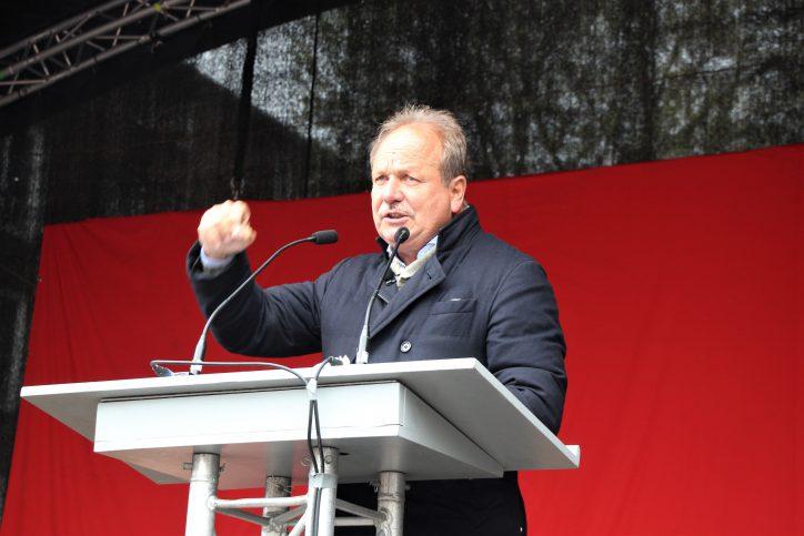 Frank Bsirske (Ver.di-Vorsitzender) bei der 1.Mai-Demo des DGB. Foto: Catharina Rudschies