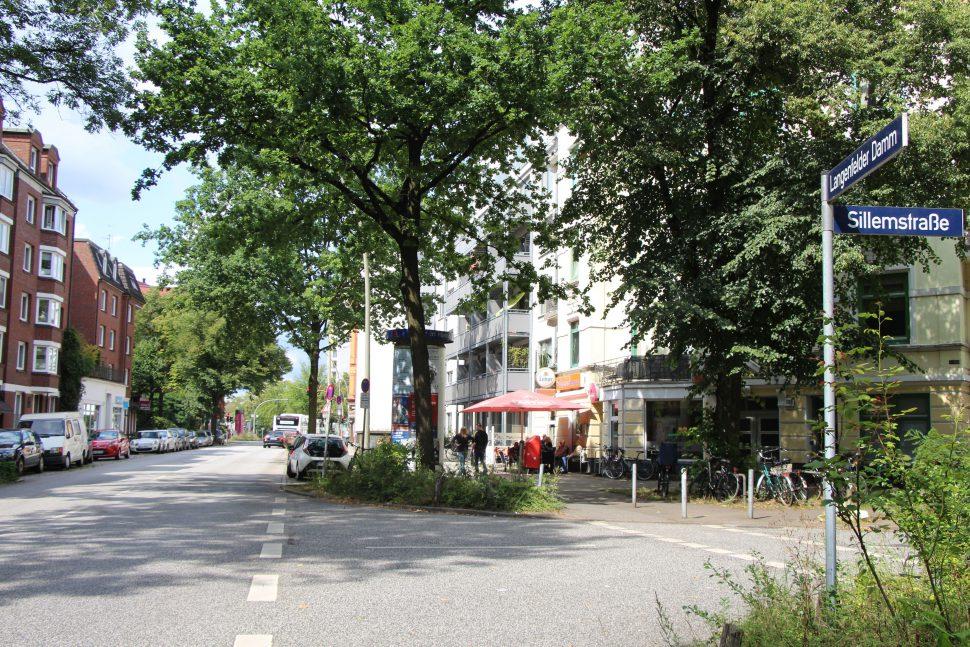 Ab 19. August wird der Langenfelder Damm zwischen Sillemstraße und Müggenkampstraße voll gesperrt. Foto: Catharina Rudschies