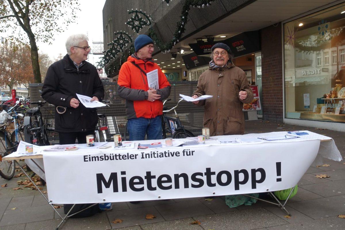 Die Initiative für Mietenstopp wehrt sich gegen Mietriesen. Foto: Lothar Voß