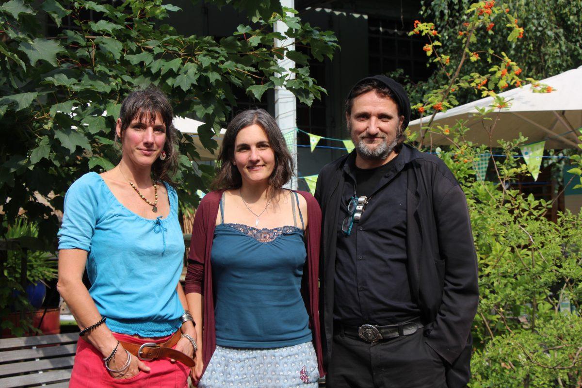 Nadine Faulhaber, Meike Schrader und Till Haupt im Sillemsalabim in Eimsbüttel. Foto: Catharina Rudschies