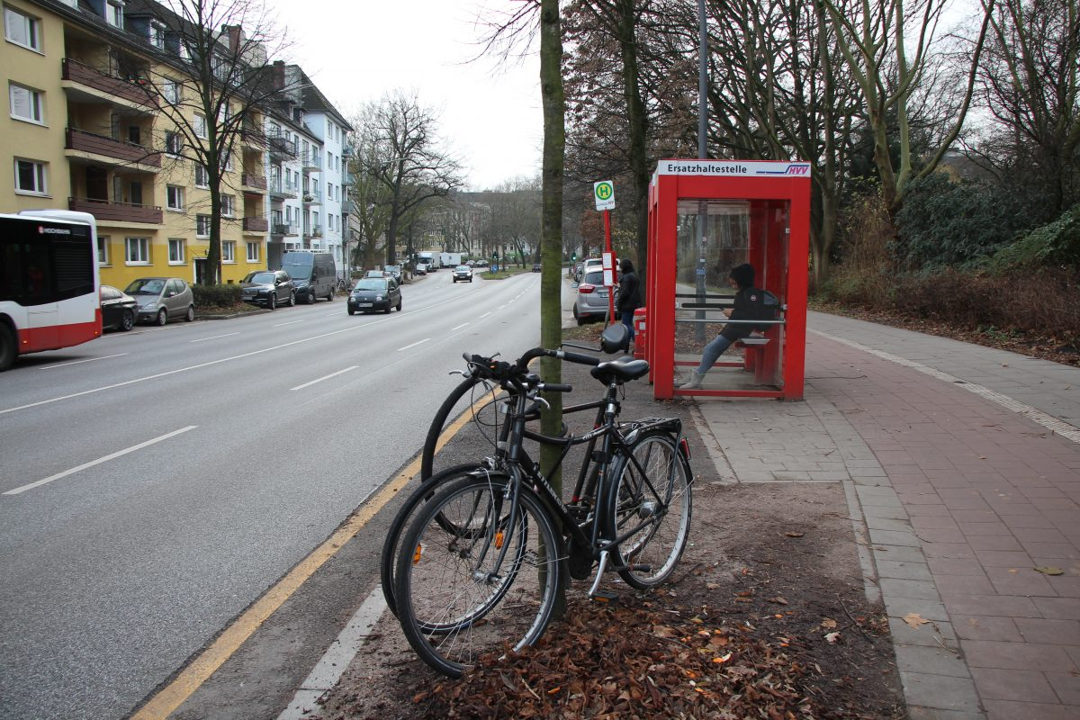 Die Ersatzhaltestelle Goebenstraße könnte zur Dauerlösung werden. Foto: Sophia Kleiner