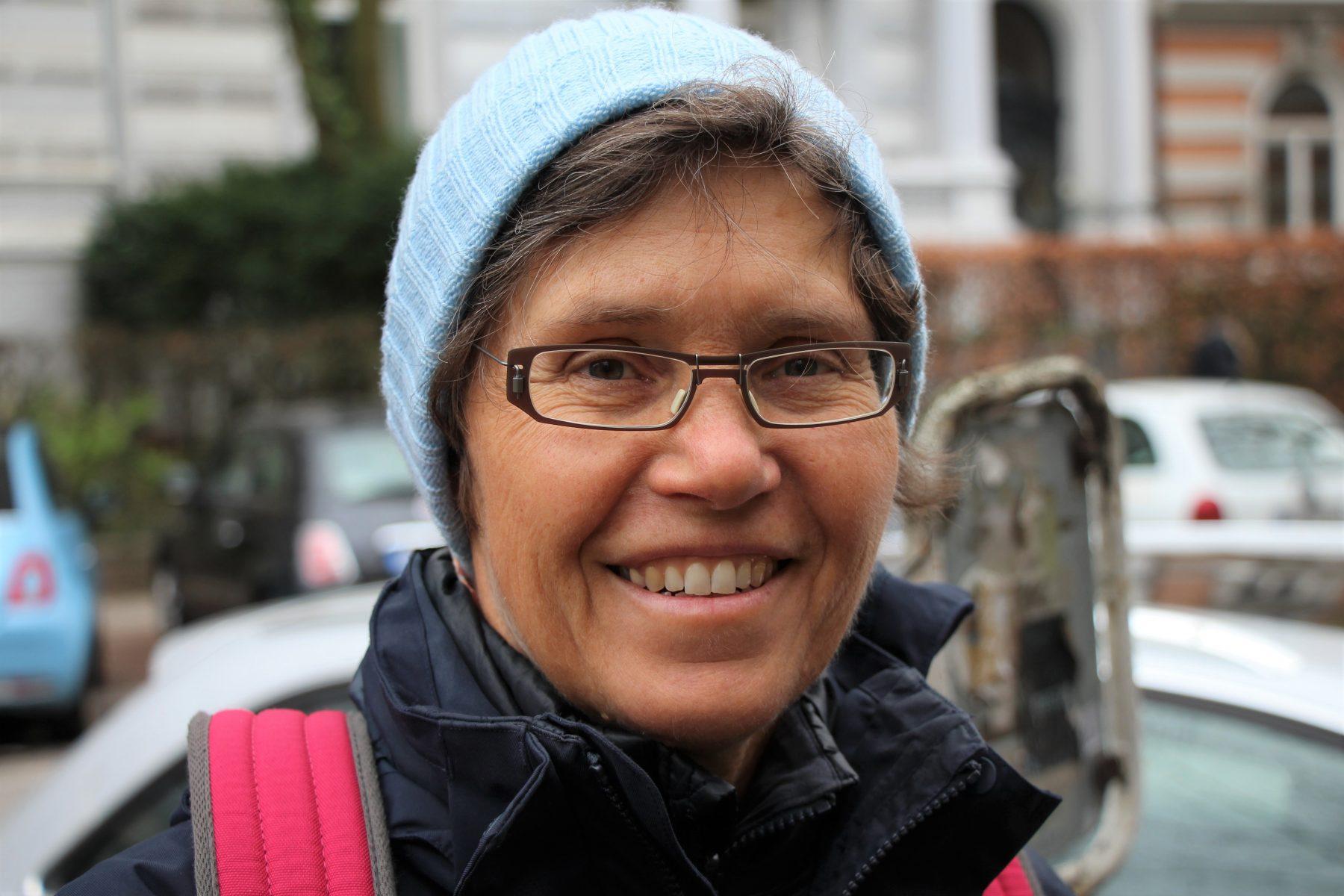 Brigitte wohnt in Rotherbaum. Foto: Fabian Sigurd Severin.