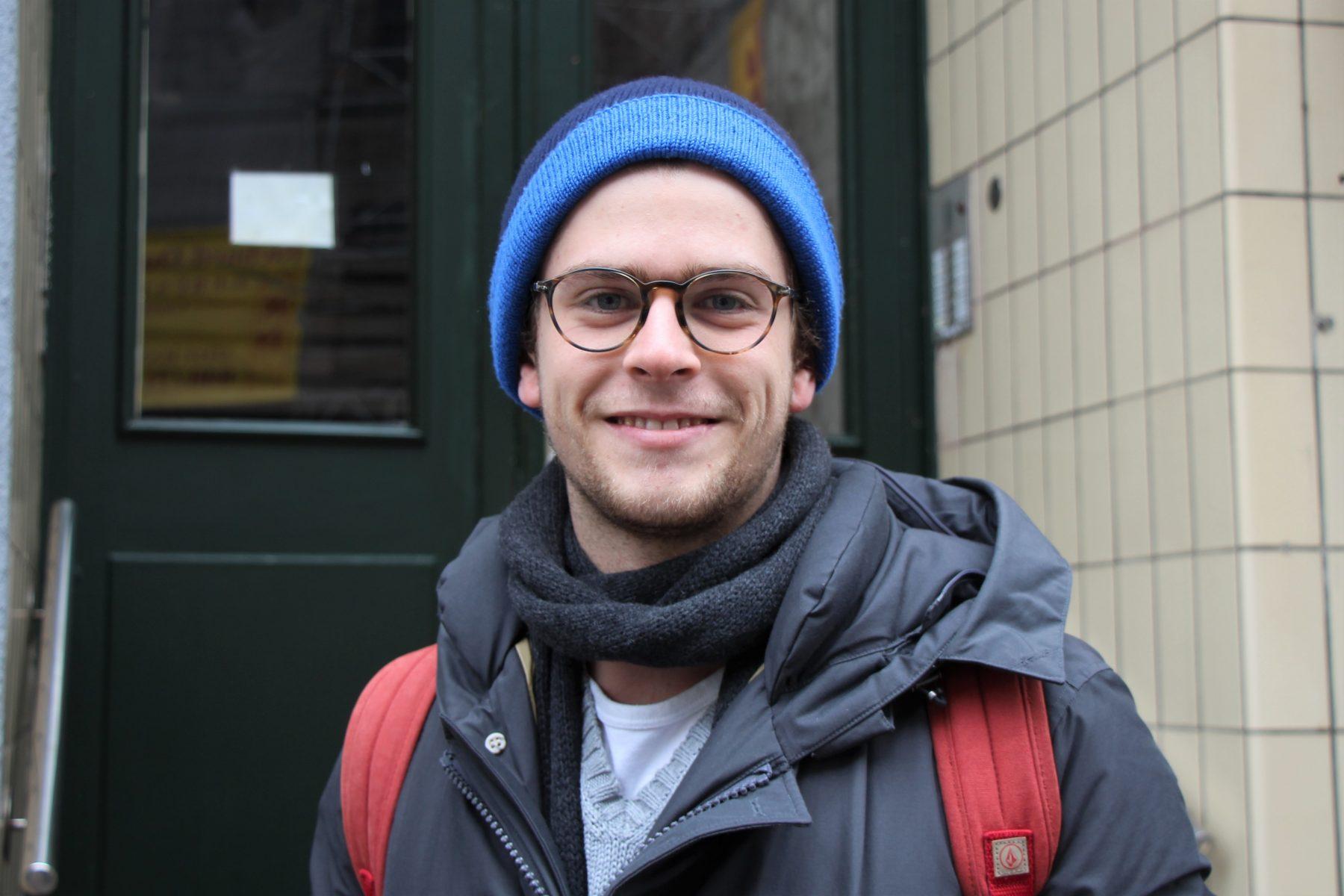 Fabio wohnt mitten im Geschehen drin. Foto: Marianne Bruhns.