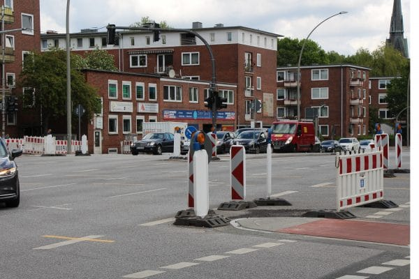 Die Kreuzung ist während der Bauarbeiten gesperrt. Foto: Gesche Pelters