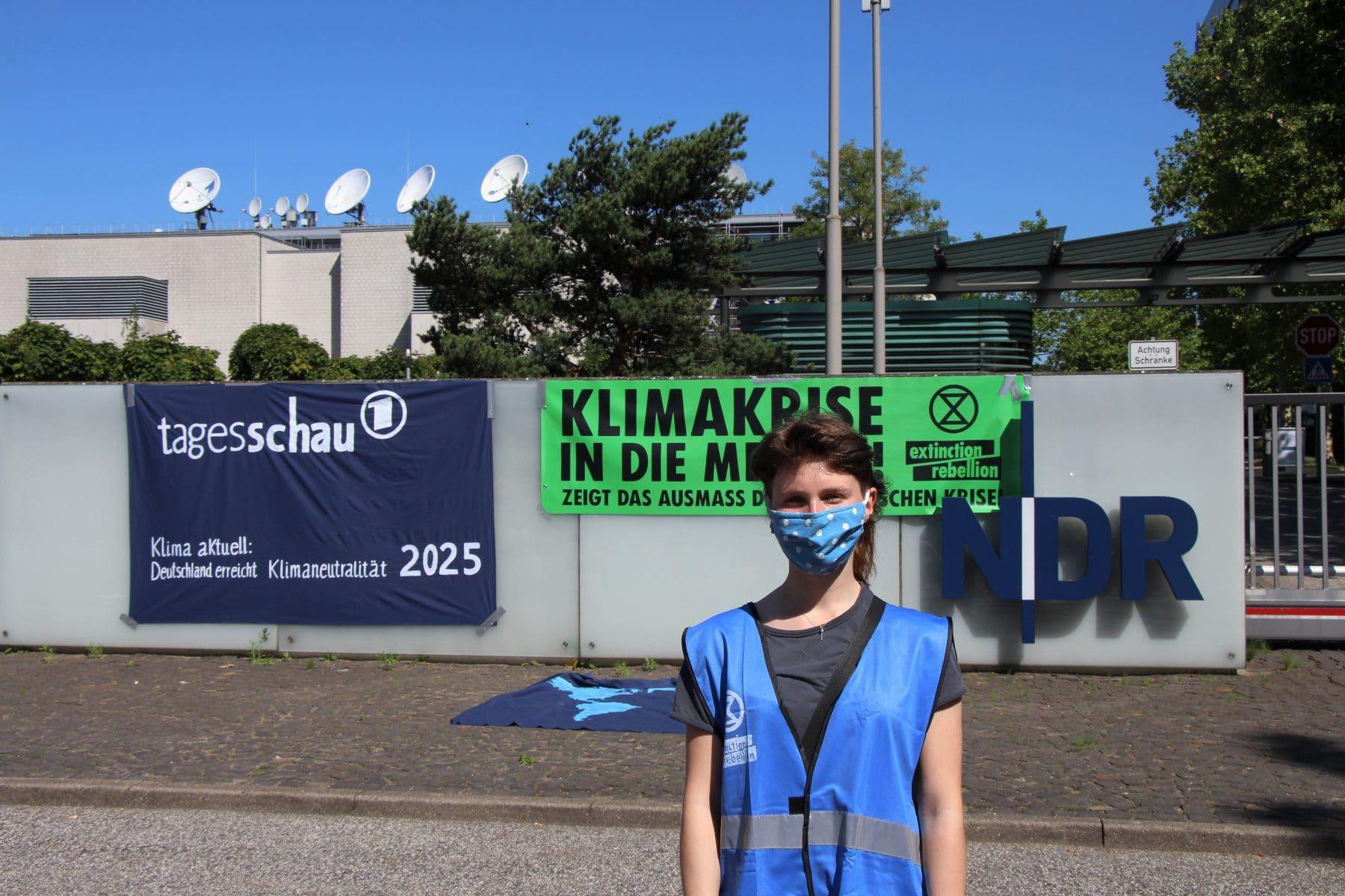 Hanna Kirsch ist Aktivistin bei Extinction Rebellion. Foto: Johanna Grabert