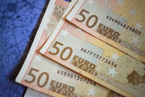 50.000 Euro pro Bezirk fließen in die Freiwilligenagenturen. Symolfoto: Maret Hosemann