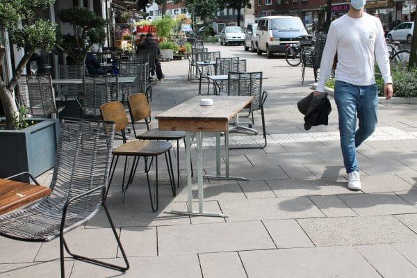Das Bezirksamt will die Eimsbütteler Außengastronomie mit mehr Platz unterstützen.