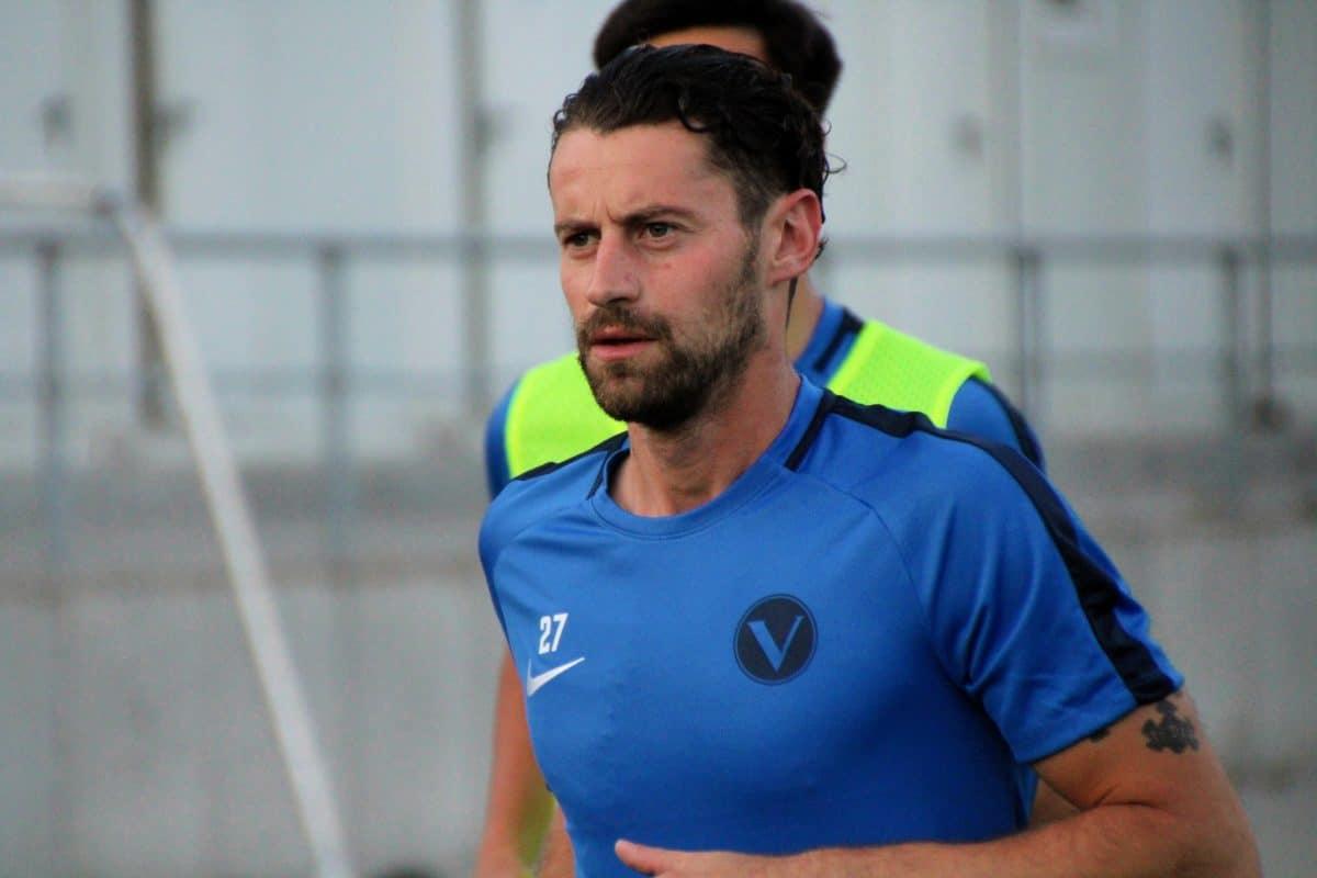 Jan-Philipp Kalla bei seinem ersten Training vom SC Victoria. Foto: Mathias Reß