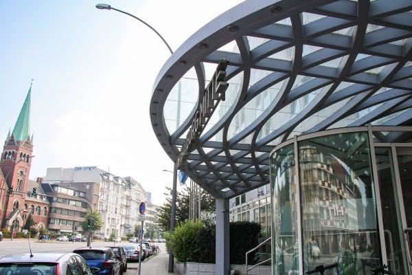 In diesem Hotel in der Schäferkampsallee soll Attila Hildmann gestern eingecheckt sein.
