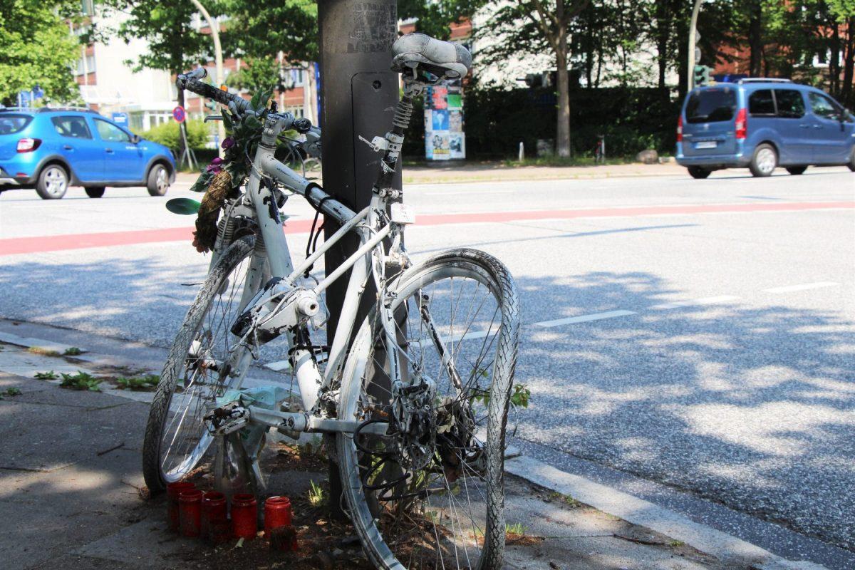 Unfall Radfahrer LKW
