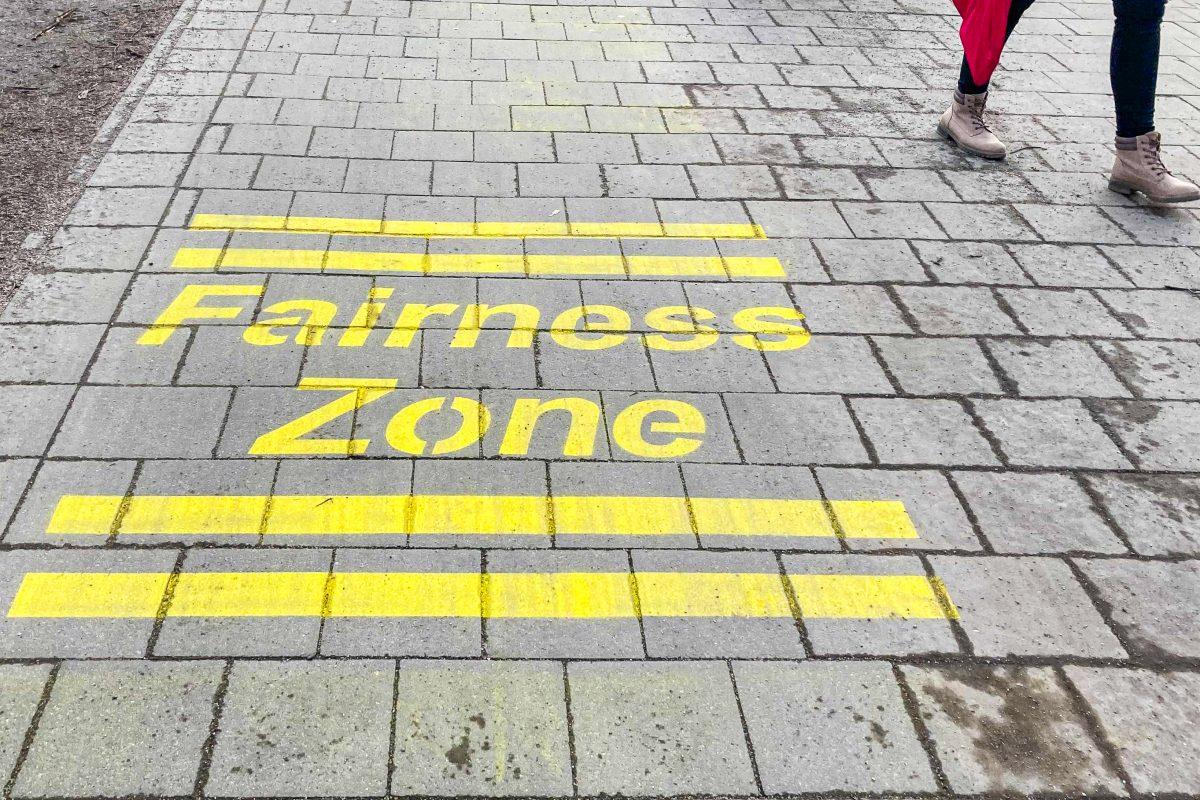 Fairnesszonen am Isebek-Grünzug und an der Hoheluftbrücke sollen Konflikte zwischen Fußgängern und Radfahrern entschärfen.