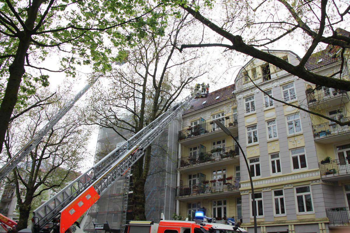 Sartoriusstraße Lutterothstraße Brand Feuerwehreinsatz Alarmstufe